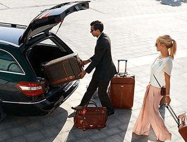 Bảng giá thuê xe 7 chỗ đi sân bay Nội Bài tại các quận Hà Nội 4
